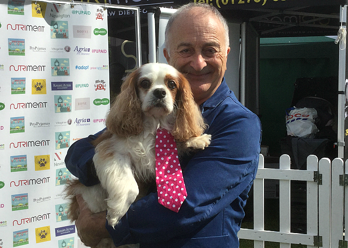 BB Deputy Editor, Gizmo, with Sir Tony Robinson